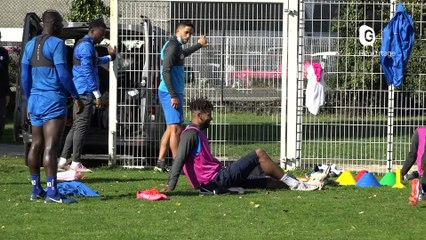 Reportage - Le GF38 frappé de plein fouet par la Covid-19 - Reportage - TéléGrenoble