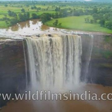 Dekho Khajuraho - India's heartland