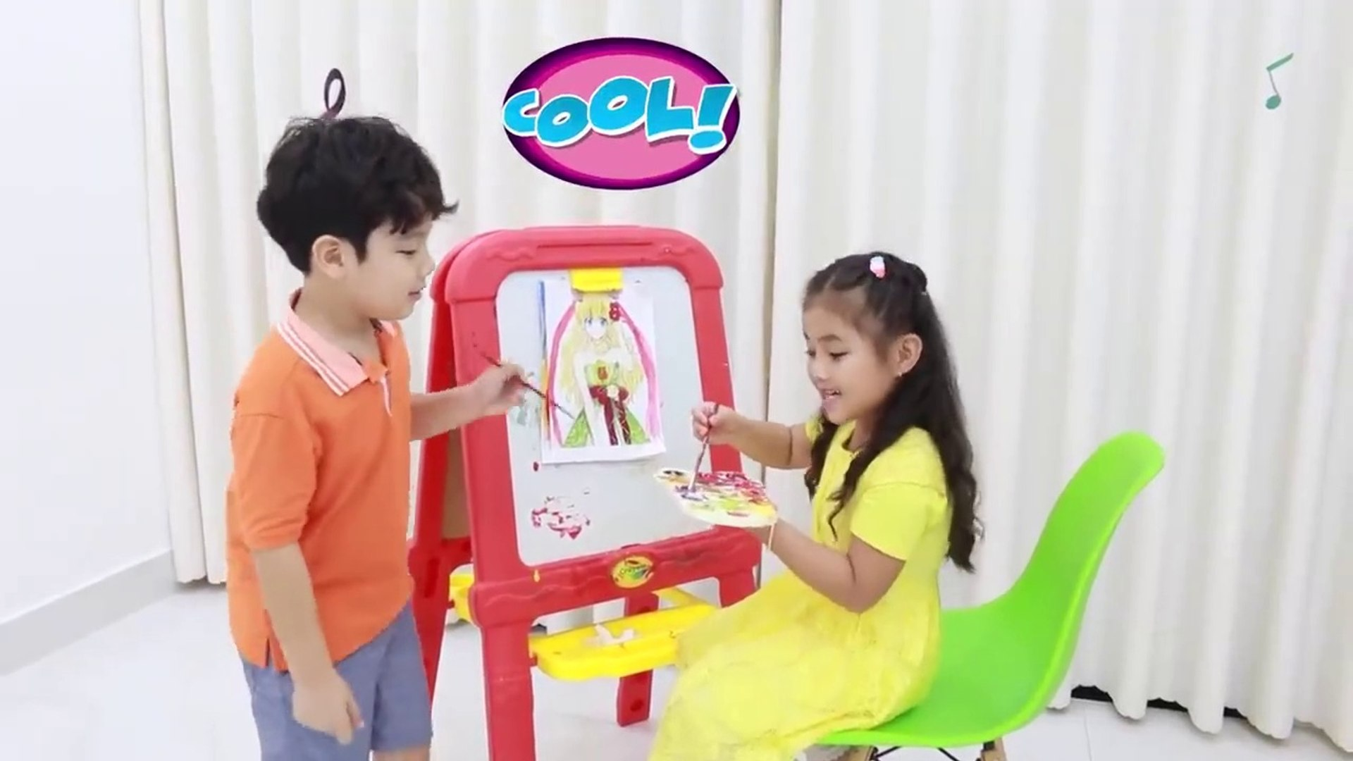 Annie and Sammy Pretend Play with Fun Colored Paint Kids Toys  - Kids Play - Kids