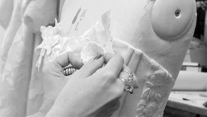 Le savoir-faire de la robe couture Hemingway - Vivienne Westwood bridal 2021