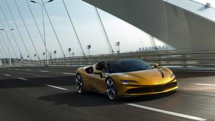 Ferrari SF90 Spider : l'hypercar hybride rechhargeable en vidéo