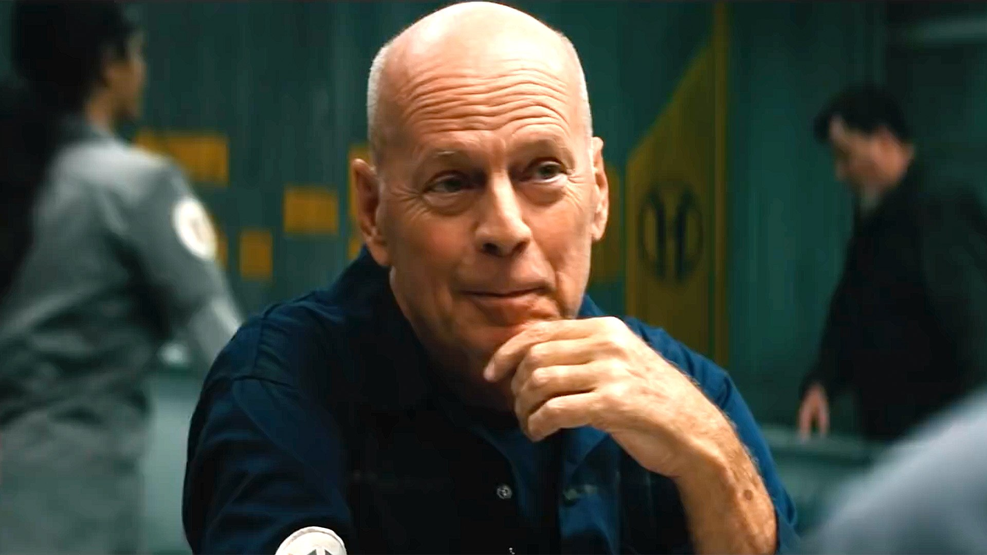 Breach with Bruce Willis - Official Trailer - video Dailymotion