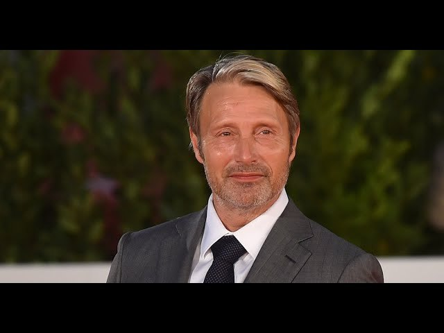 Mads Mikkelsen Will Reportedly Replace Johnny Depp In 'Fantastic Beasts 3'