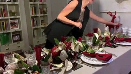 La interiorista Pia Capdevila te enseña cómo decorar una mesa de Navidad