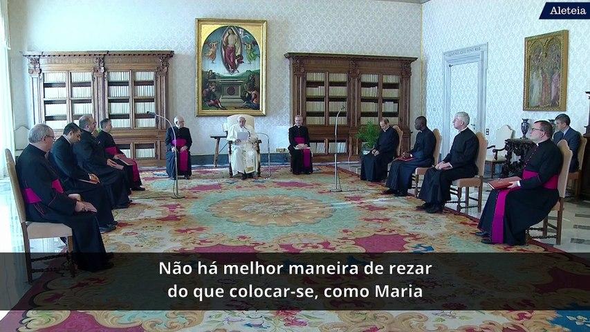 A melhor maneira de rezar, segundo o Papa Francisco