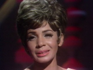Shirley Bassey - Goin' Out Of My Head