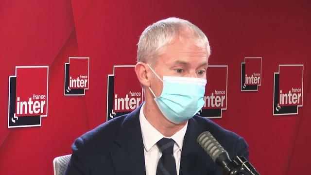 """""""L'enjeu, c'est de pouvoir mettre à disposition ces vaccins"""", juge le ministre Franck Riester"""