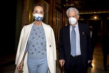 Isabel Preysler acompaña a Mario Vargas Llosa a los premios Eñe