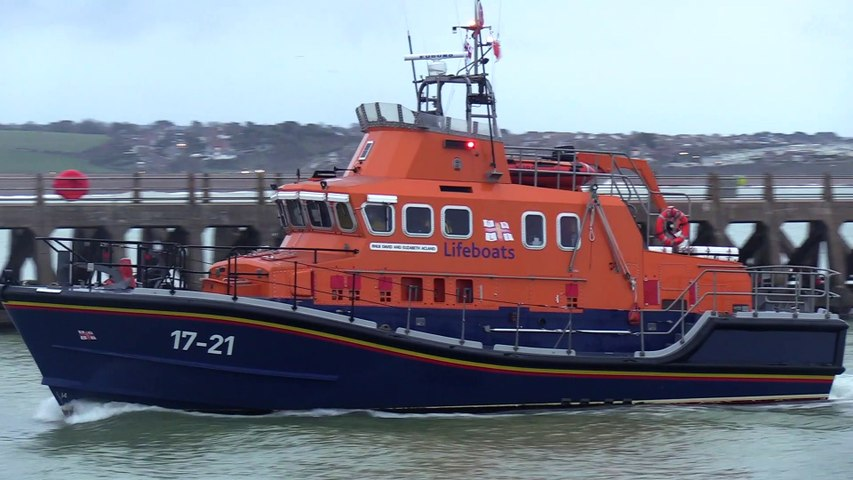 Newhaven sea search continues
