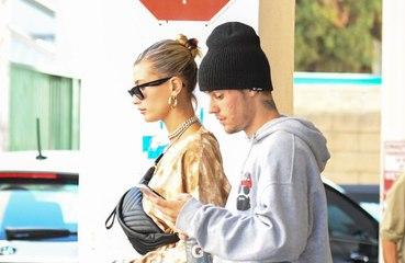 Justin Bieber está 'completamente e totalmente obcecado' pela esposa Hailey Bieber