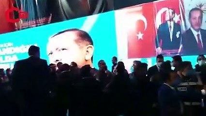 AKP kongresi karıştı, polis müdahale etti