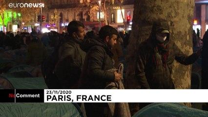 برچیده شدن چادر پناهجویان در مرکز پاریس بهدست پلیس