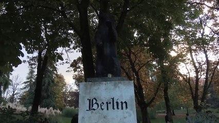 Homenaje a los LUCHADORES por la LIBERTAD en los restos del MURO DE BERLÍN en Madrid