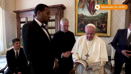 Pope Francis meets NBA players to discuss social justice
