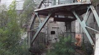 Il explore un des réacteurs de Tchernobyl avec son drone