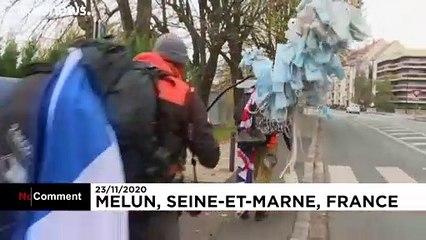 از مارسی تا پاریس؛ ویدیویی از جمعآوری ماسکهای رها شده روی زمین