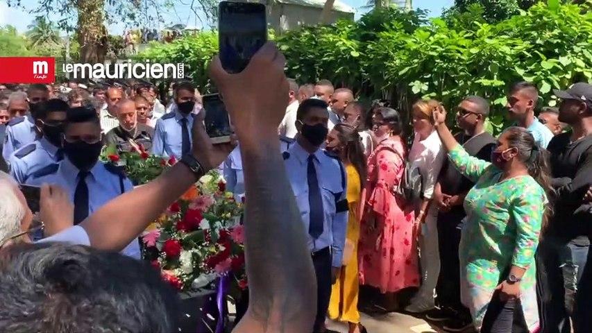 Funérailles de la WPC Dimple Raghoo tuée en service