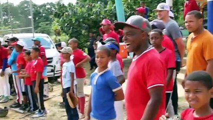 Nick Ahmed's Life Changing Trip To The Dominican Republic