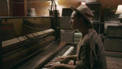 Jonas Myrin - Just A Breath Away (Noel)