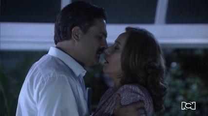 Capítulo 114 | Alejandro besa a Mónica