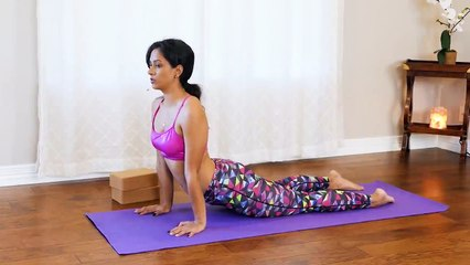 10 Minute Yoga Stretches for Tense Shoulders, Forward Shoulder Posture, Pain Relief - with Sheena