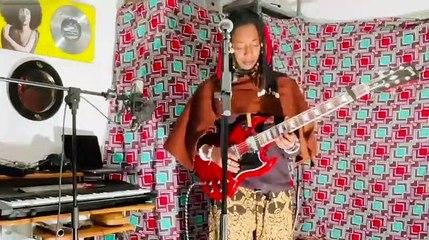 Live de Fatoumata Diawara à son domicile