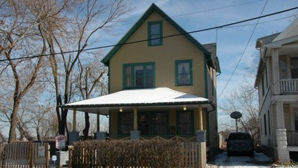 You Can Now Stay Overnight at the 'Christmas Story' House
