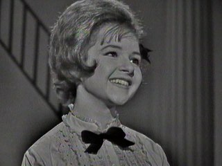 Brenda Lee - I'm Learning About Love
