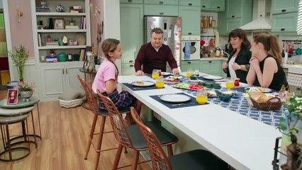 Ergenliğe Giremedim Sanırım! İyi Aile Babası 1.Bölüm Ekranda