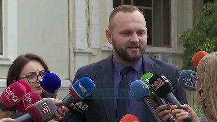 Valteri përplaset me Gjiknurin / Ndërhyjn Garda - News, Lajme - Vizion Plus