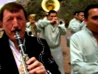 Germán Lizárraga y Su Banda Estrellas De Sinaloa - Por Esta Cruz