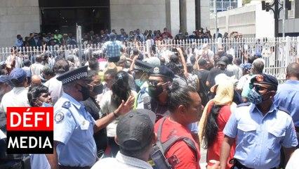 Private Prosecution contre Sawmynaden : la police annonce l'ouverture d'une enquête sur le rassemblement devant la New Court House