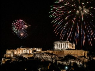 Von Paris über Athen bis Wuhan: So begrüßte die Welt das Jahr 2021