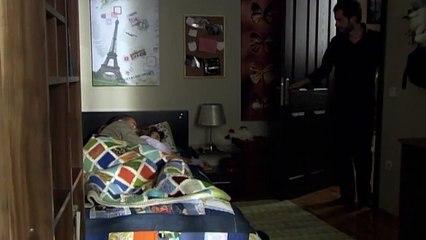 Sen De Gitme 14 Bölüm    Mehmet ve Elif Beraber Uyuya Kalıyor!