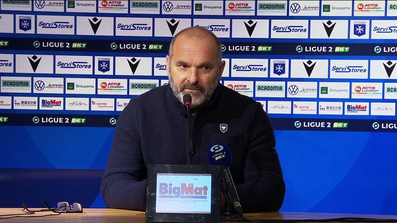 J18 Ligue 2 BKT : La réaction de P.Dupraz après AJ Auxerre 1-1 SMCaen