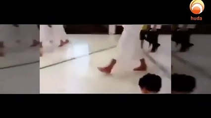 Incase if your day is going bad then here is this video of A very beautiful Worshiper  MaSha Allah