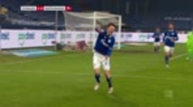 15e j. - Schalke met fin au supplice