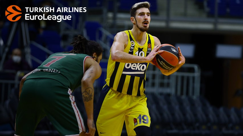 Nando De Colo and Fenerbahce offense clicked on all cylinders vs. Baskonia