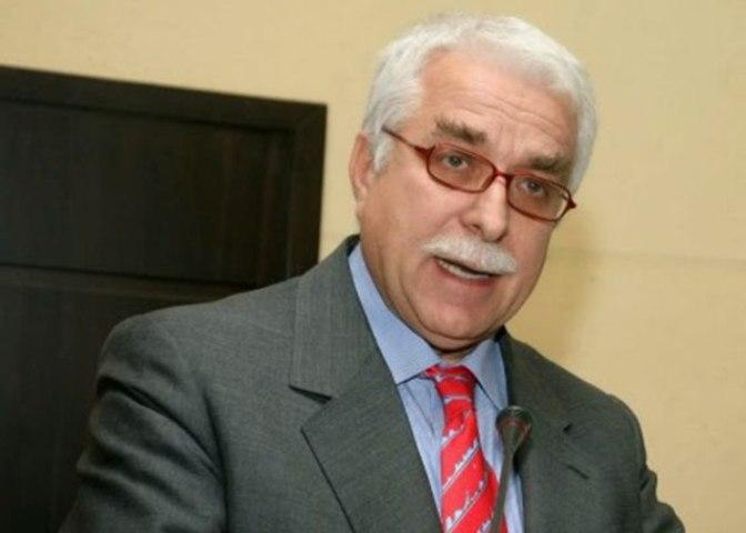 13-01-2021 ΑΘ. ΓΙΑΝΝΟΠΟΥΛΟΣ Καθηγητής Χειρουργικής, Πρώην Υφυπουργός Υγείας