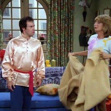 Laverne and Shirley Season 8 Episode 12 Defective Ballet