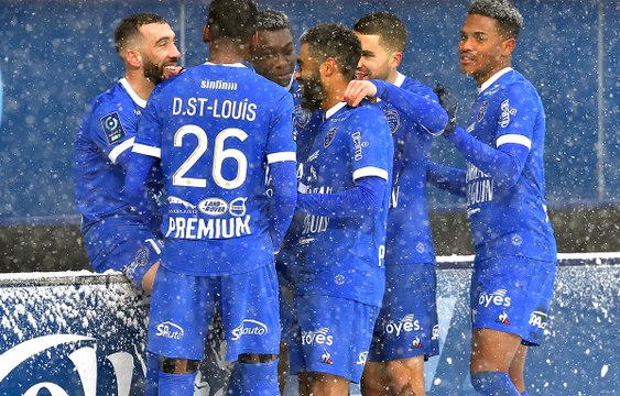 ESTAC 2-1 FC Sochaux Résumé du match
