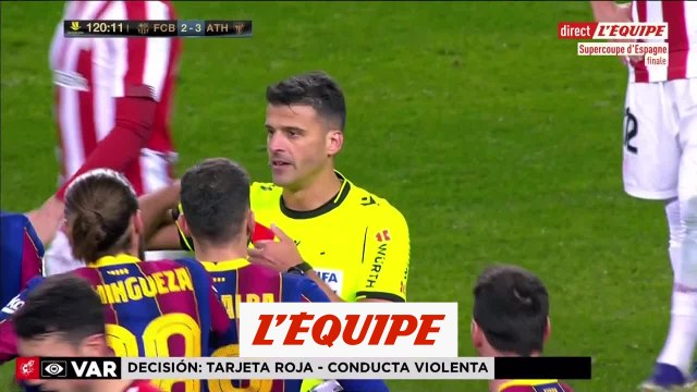 Messi reçoit le premier rouge de sa carrière avec le Barça - Foot - ESP - Super Coupe