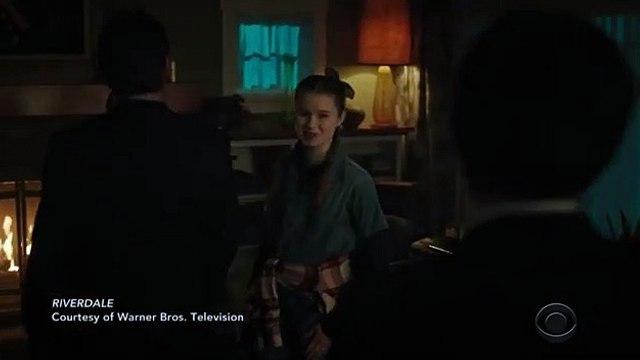 Riverdale, saison 5  - extrait bal de promo de l'épisode 1 (VO)