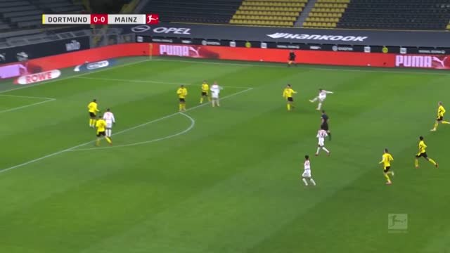 16e j. - Le Borussia Dortmund marque le pas malgré Meunier
