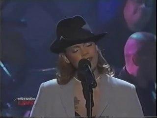 Faith Evans - Never Gonna Let You Go - Motown Live
