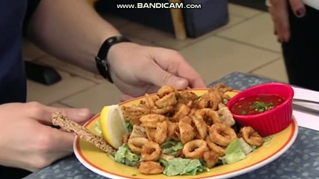 GORDON RAMSAY AGAIN DOESNT LIKE THE FOOD! OMG