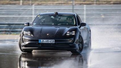 42 Kilometer Drift-Weltrekord - Der Porsche Taycan 2WD trägt sich ins Guinnessbuch ein