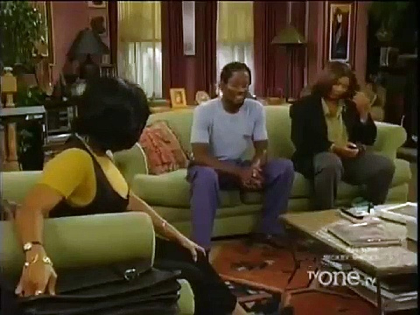Living Single - Se5 - Ep2 - Love Don't Live Here Anymore (2)