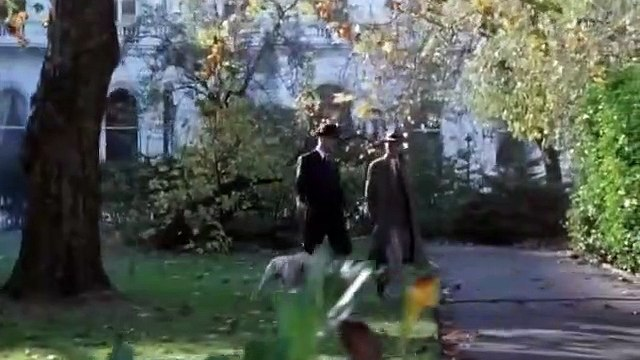 Poirot S02E07 The Adventure of the Cheap Flat 1990