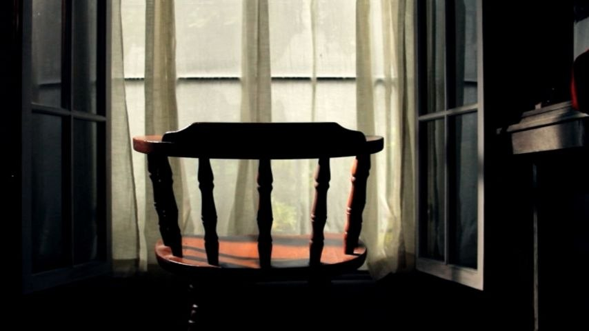 Dia Frampton - Don't Kick The Chair